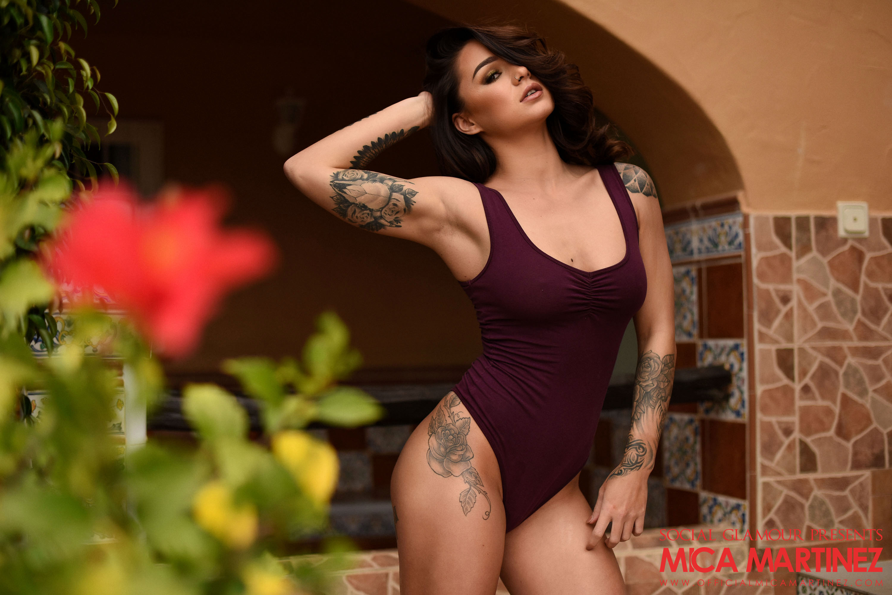 busty – watch me be rude